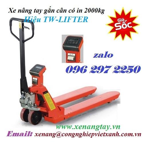 xe-nang-tay-gan-can-co-in-2000-kg